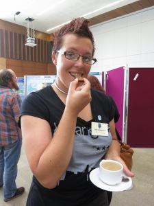 Det finns de som påstår att konferenser enbart går ut på att äta snittar. Så vi gjorde lite sånt också.